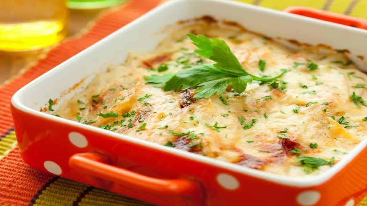 Картофельная запеканка с квашеной капустой: очень быстро и вкусно! 1