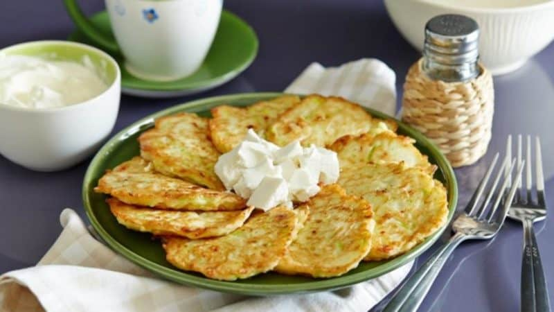 Сырные оладьи - завтрак на скорую руку. Проще простого!