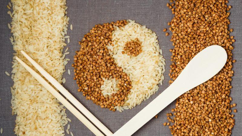 Гречка с рисом овощами и мясом: блюдо для всей семьи. 1