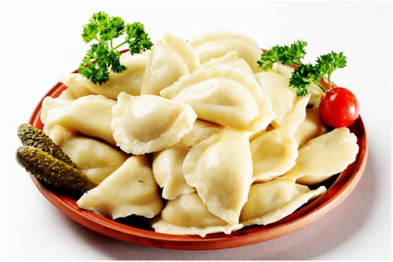 Постные вареники с картошкой: и солеными огурцами 1