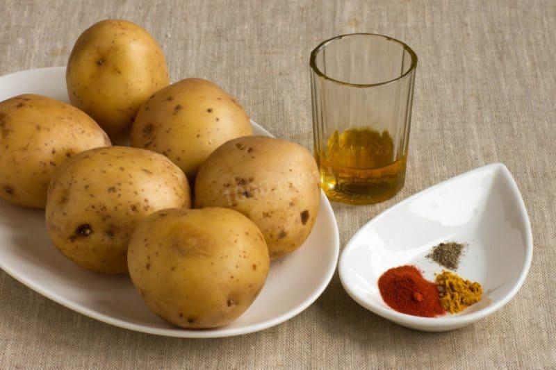 Картофель с куриными крылышками - готовим в духовке