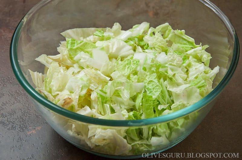 Салат с селедкой и пекинской капустой - вкусно, быстро и просто!