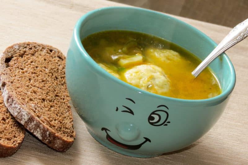Суп с сырными шариками: съедается до последней капельки! 1