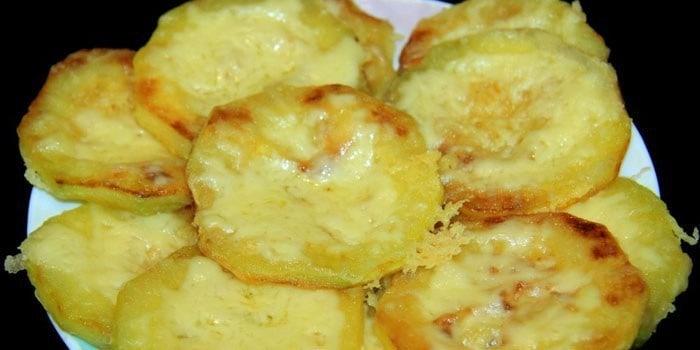 Кабачки в панировке с сыром: пальчики оближешь! 1