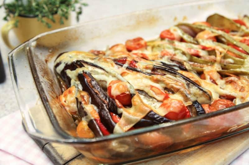 Баклажаны с овощами и сыром: быстрая ароматная вкусная запеканка 1