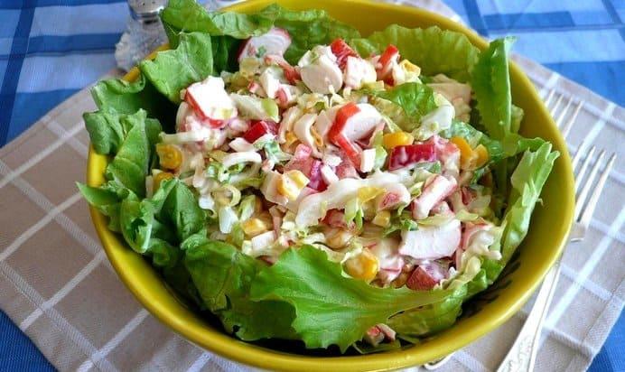 Салат с крабовыми палочками и яйцом: Очень быстрый потрясающе вкусный 1