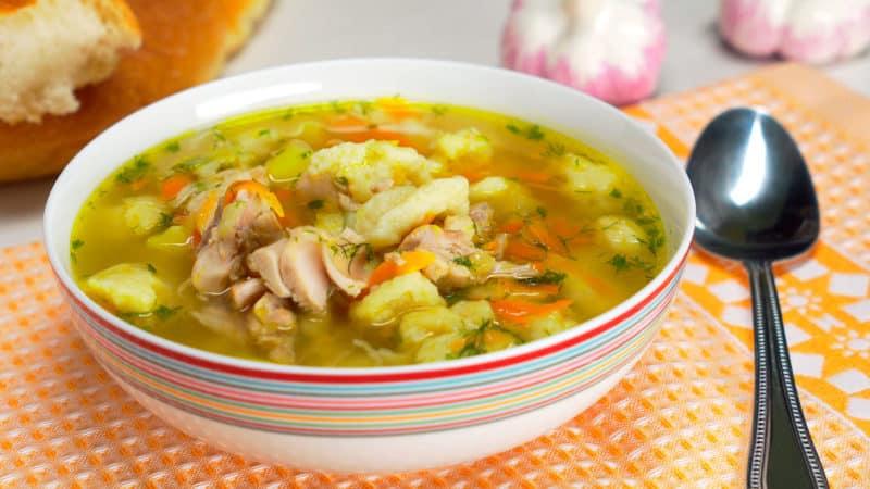 Куриный суп с клецками: на каждый день 1