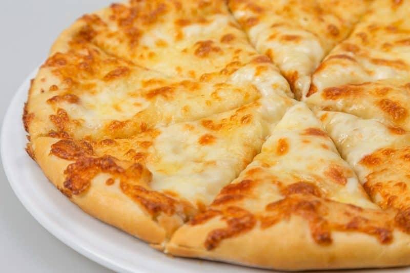Лепёшки с сыром: этот перекус можно готовить хоть каждый день 16