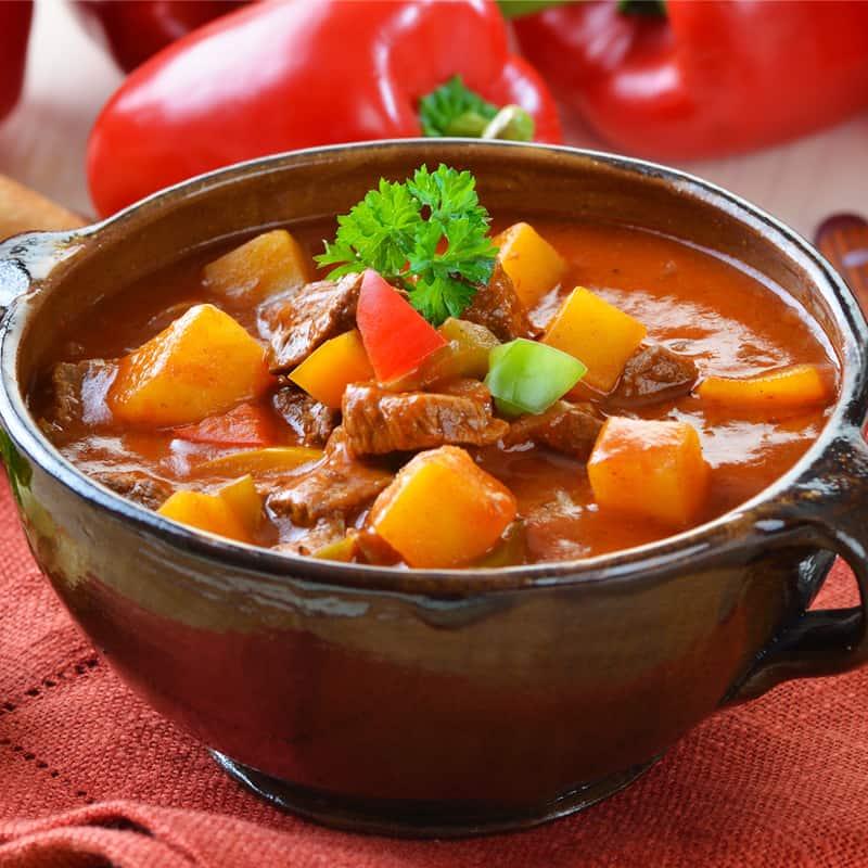 Венгерский гуляш: очень вкусный и ароматный обед для всей семьи 1