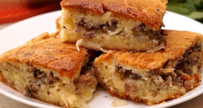 Заливной пирог с картофелем и сайрой: так и хочется взять кусочек 1
