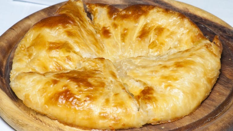 Хачапури на сковороде на скорую руку: легко и быстро 1
