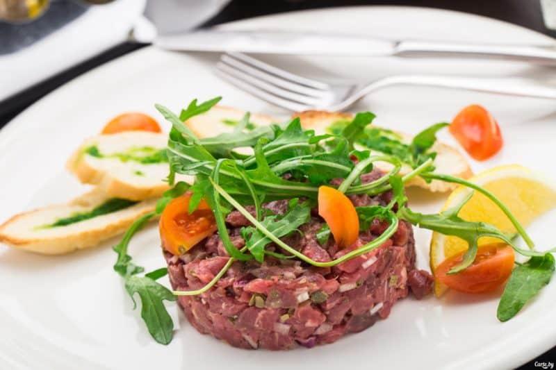 Тартар из говядины: вкусное и быстрое блюдо для любителей сырого мяса 1