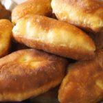 Быстрые пирожки без дрожжей: выпечка получается мягкой, пышной и воздушной 11