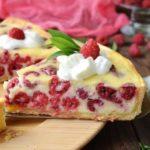 Пирог со сметанной заливкой и ягодами: вкуснейший пирог из песочного теста с нежнейшей начинкой 11