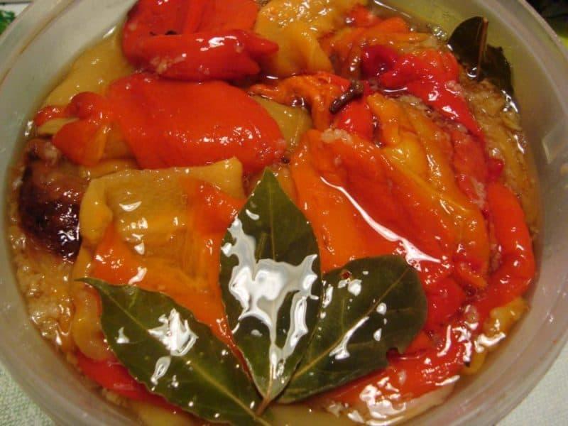 Болгарский перец в сладком маринаде