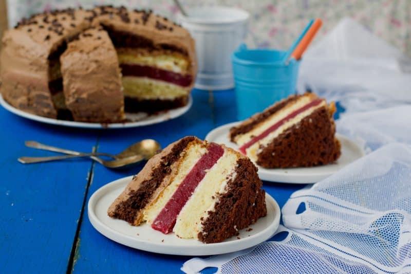 Многослойный торт Мишель. Вкус не чрезмерно сладкий, с небольшой кислинкой 8