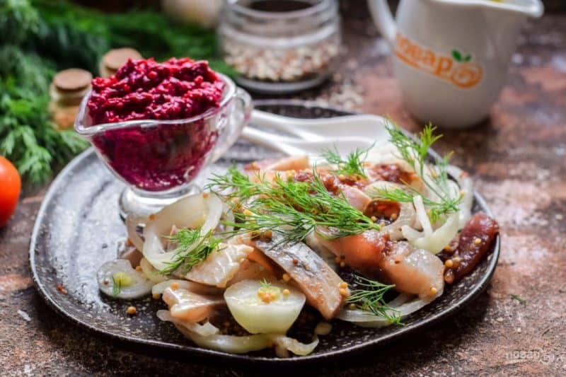 Салат Бисмарк с сельдью. Оригинальный салатик для любителей селёдочки 6