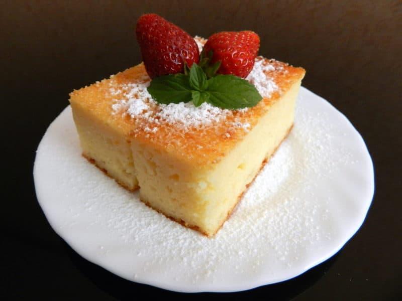 Творожный манник. Оригинальный сладкий и нежный десерт, который понравится как детям, так и взрослым