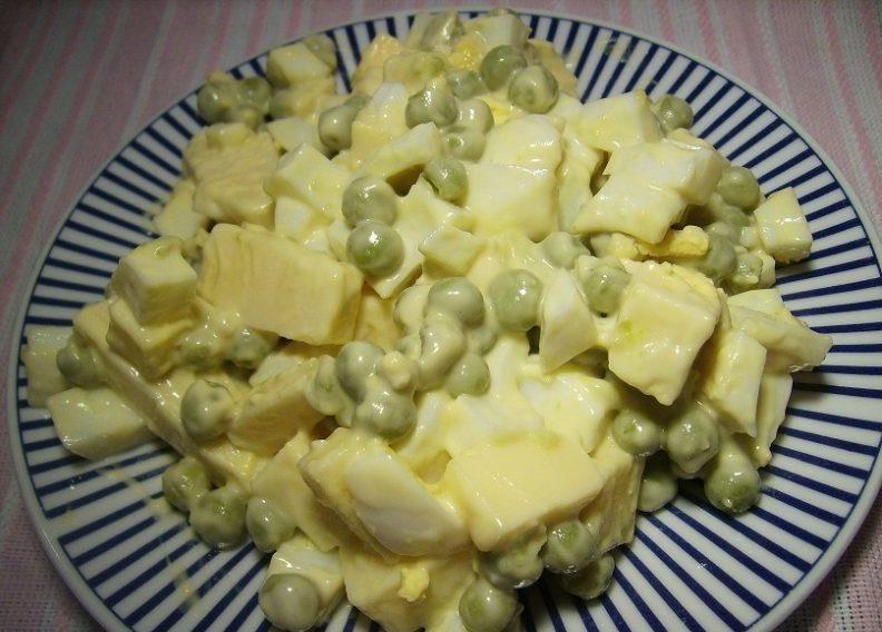 Салат Чайка. Нежный и сытный салат, который наши бабушки и мамы готовили еще с прошлого века