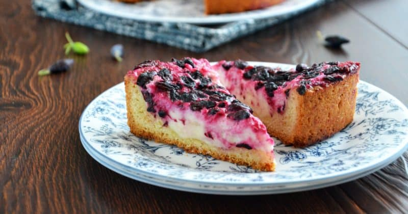 Ягодный пирог с нежной начинкой. Потрясающий десерт, пальчики оближешь 1