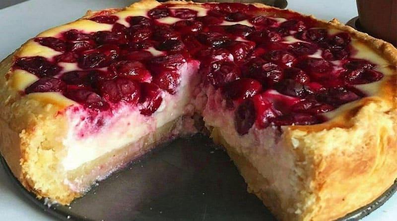 Ягодный пирог с нежной начинкой. Потрясающий десерт, пальчики оближешь