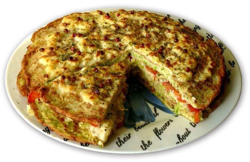 Кабачково-сырный тортик с мясом. Сытная закуска из сезонных овощей для любого застолья 1