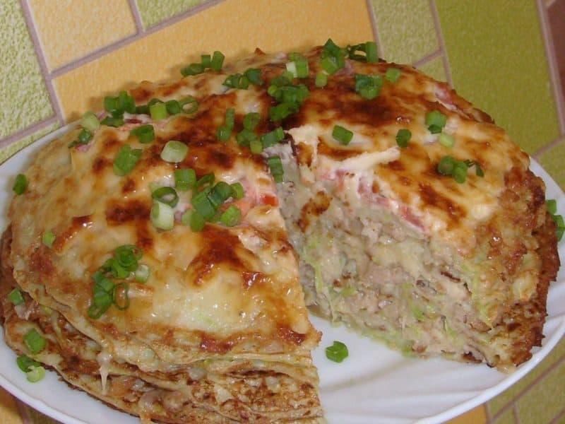 Кабачково-сырный тортик с мясом. Сытная закуска из сезонных овощей для любого застолья