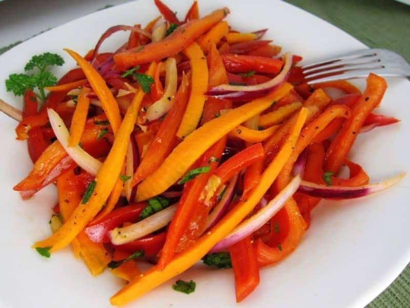 Овощной салат к мясу. Отличное дополнение к мясным блюдам 2