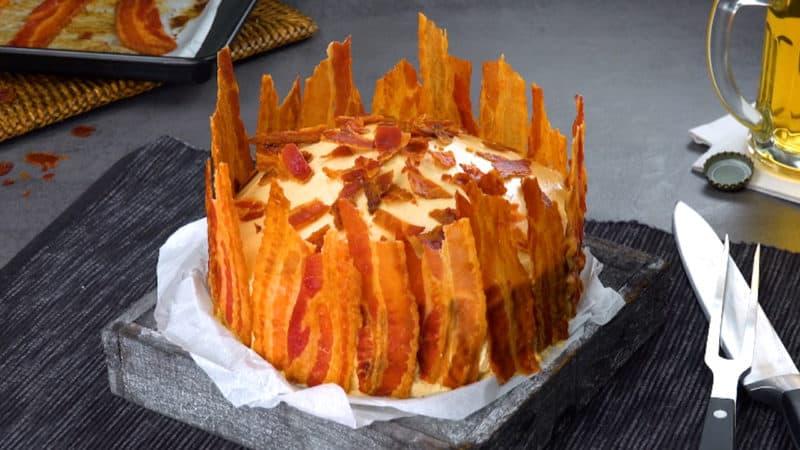 Несладкий торт с беконом. Превосходное угощение для гурманов 1