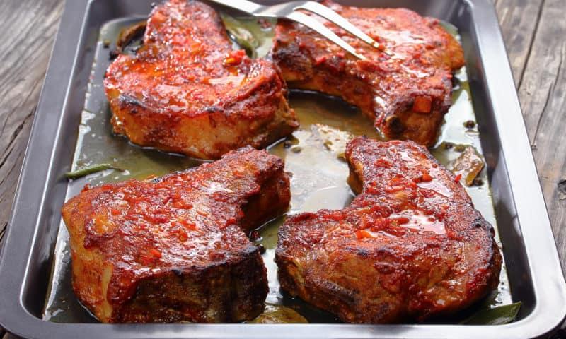 Сочное и нежное мясо в духовке