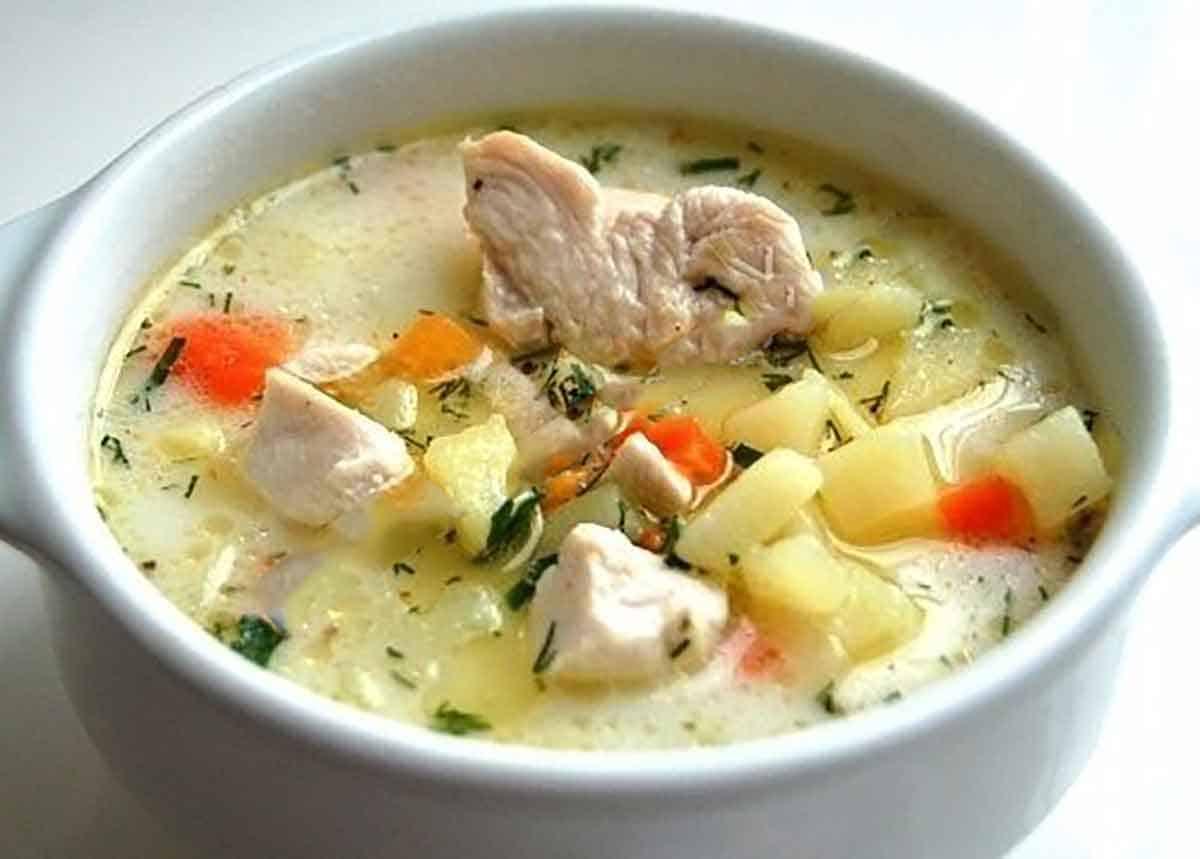 Картофельно-сырный суп с курочкой. Сытный вкусный обед без особых усилий 1