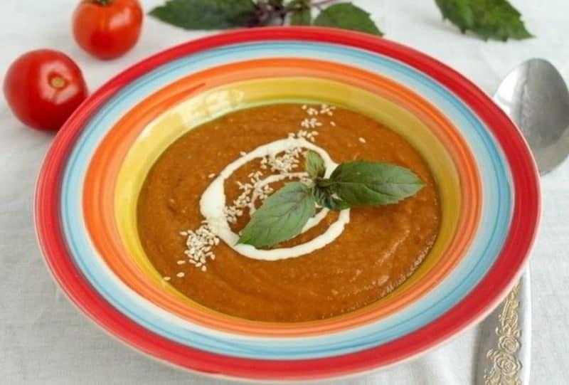 Суп-пюре с баклажанами томатом и чечевицей
