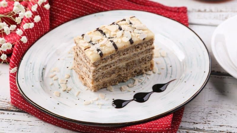 Торт Эстерхази. Нежное лакомство со вкусом миндаля 1