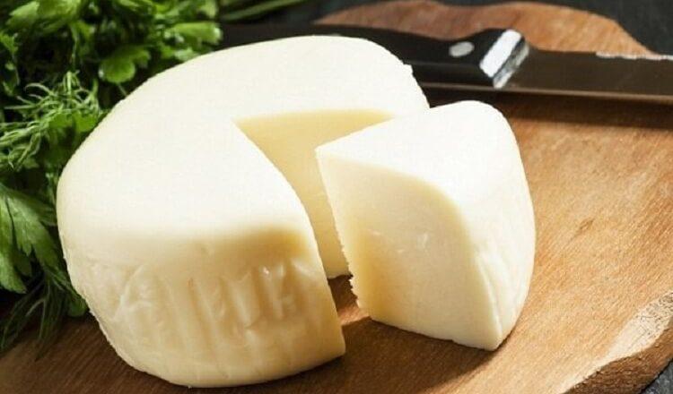 Сулугуни быстрого приготовления. Сыр получается очень нежным и готовить его сплошное удовольствие 1