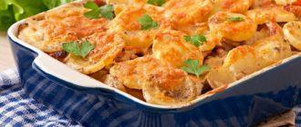 Куртилья с курицей. Картофельная запеканка с нежным мясом и ароматным сыром 5
