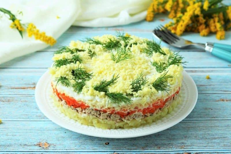 Луковый салат Мимоза. Очень простой рецепт вкусного угощения 6