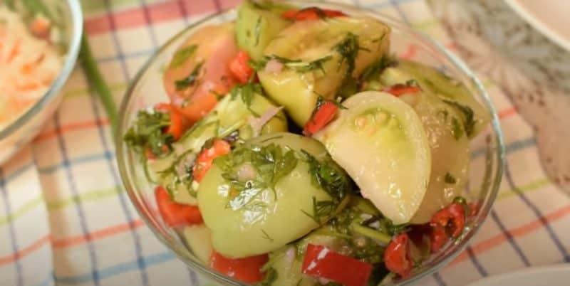 Маринованные зелёные помидоры. Отличная заготовка по маминому рецепту