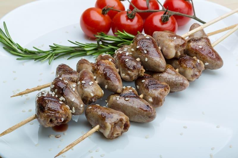 Маринованные куриные сердечки в духовке. Вкуснотище!