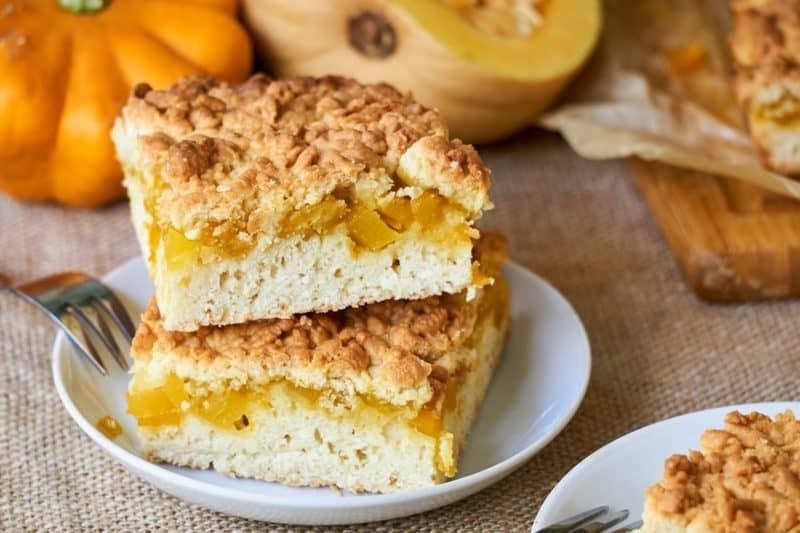 Песочный пирог с яблоками и заварным кремом. Оригинальная сладкая выпечка к чаю