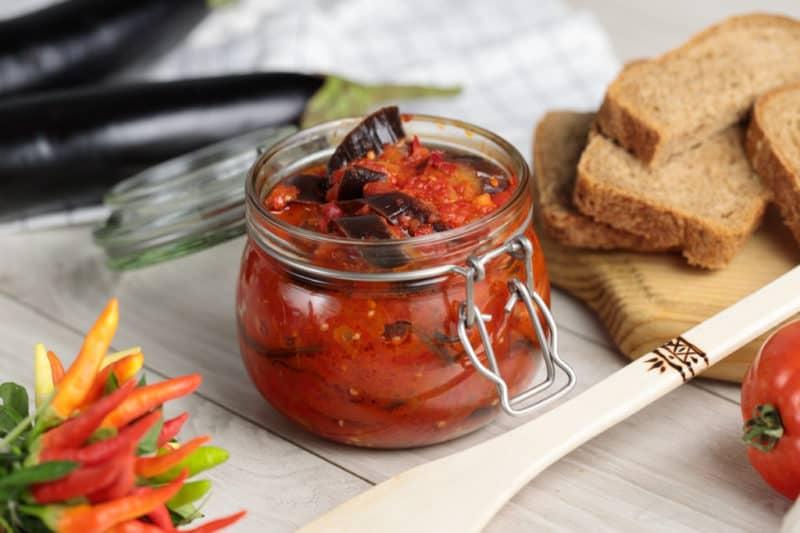 Салат из баклажанов по-татарски. Запахи и ароматны этой заготовки навеют воспоминания о лете 8