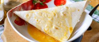 Треугольники из лаваша с сыром на сковороде. Закуска на все времена 14