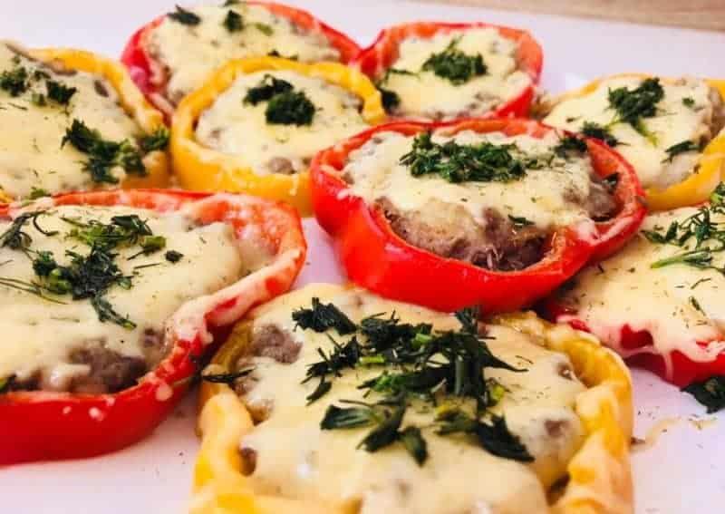 Фаршированные перцы со сливочной начинкой. Запечённые овощи с насыщенным вкусом