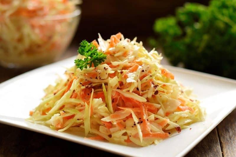 Капустный салат Коул Слоу. Полезный и свежий салатик
