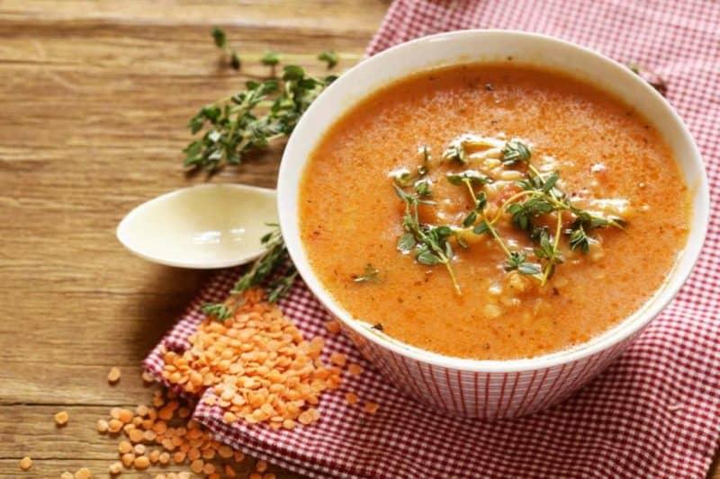 Вкусный чечевичный суп для разгрузочного меню