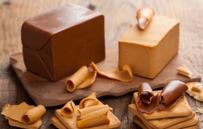 Норвежский коричневый сыр. Рецепт домашнего приготовления на радость гурманам 1